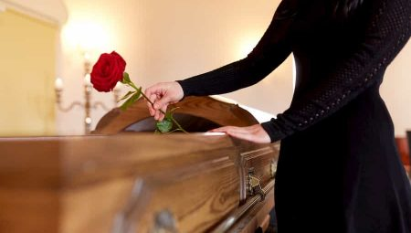 Top Ten Funeral Plans – Which Is The Best Buy?