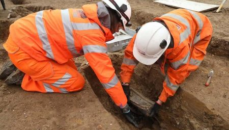 Archaeologists to digitise burial records following HS2 excavation