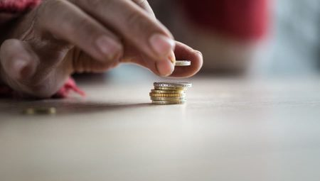 """Public urged to donate """"loose change"""" to charity"""